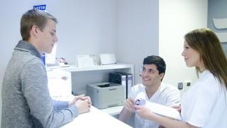 アメリカの歯科矯正事情 「お金が無いけど治してあげたい」
